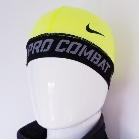 d3c212f4b3010 Nike Pro Combat Skull Cap. M 5bf4915efe5151faee15239c